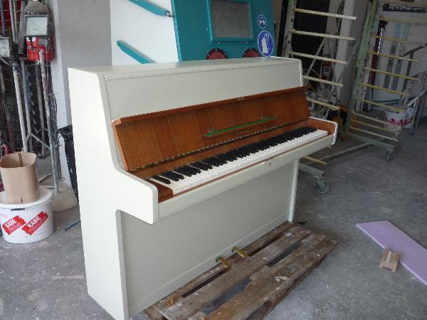Klavier Schleiflack