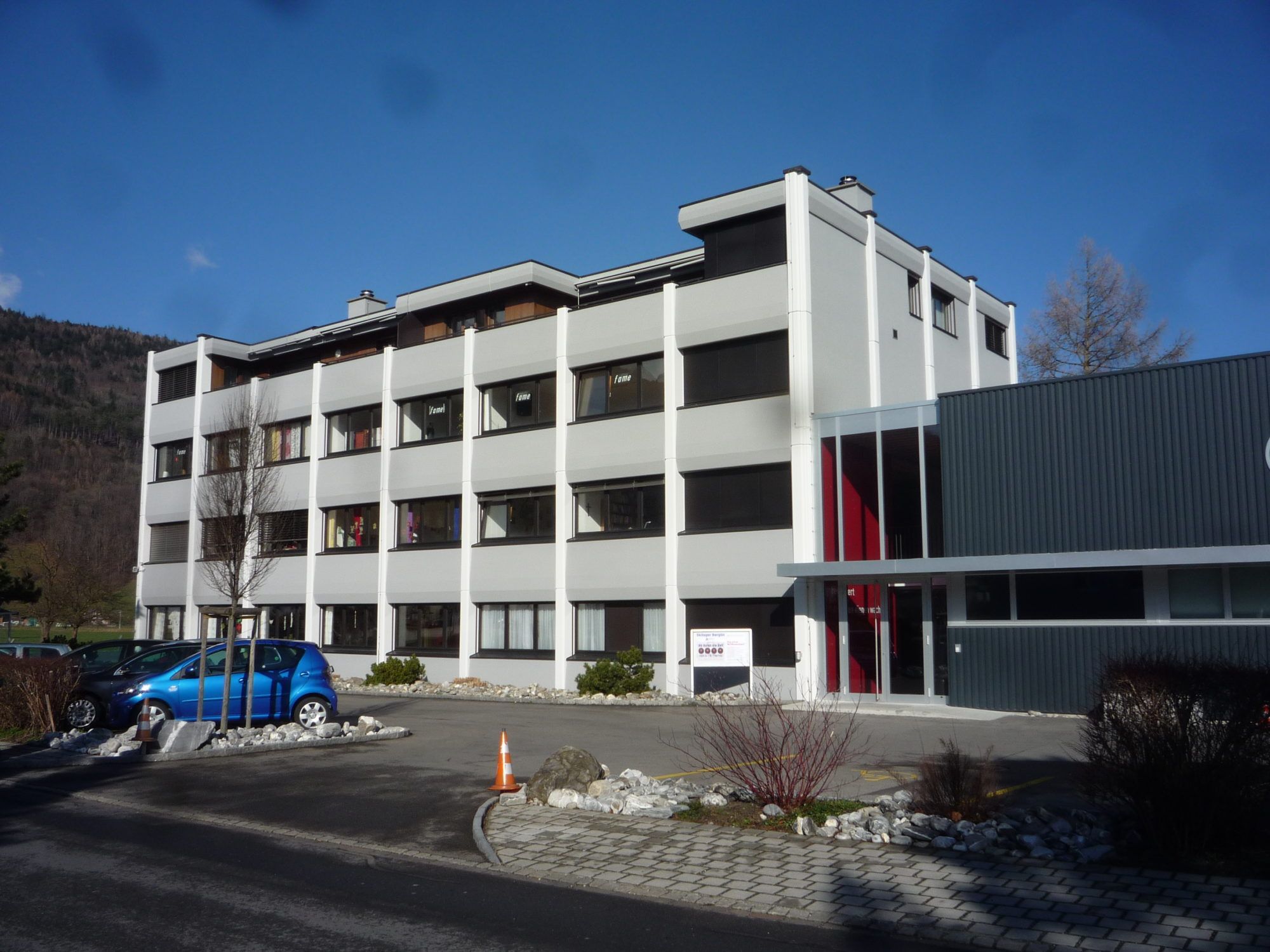 Fassadenrenovation Bürogebäude Sevelen